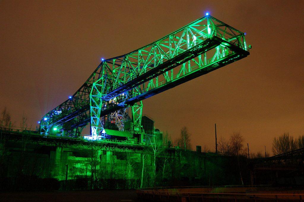 Duisburg Landschaftspark mit Industriekran